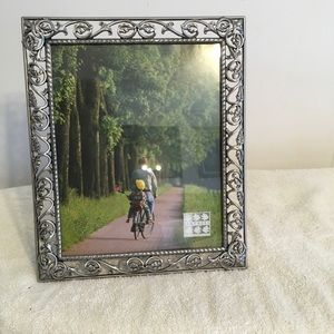 Rought Iron  Tree Leaves Picture Frame NWOT